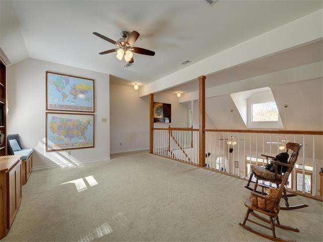 Vaulted ceiling painting help floor color ceilings for Painting rooms with angled ceilings